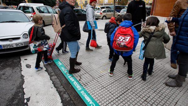 Asturias quiere que los niños vayan solos al cole: recorremos los caminos escolares seguros de Gijón