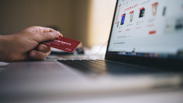 En tiempo de regalos... ojo a las compras online