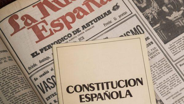 La Constitución en la crisis de los cuarenta